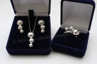 """Balls"" Set: Earrings, Pendant and Ring size ""O"""